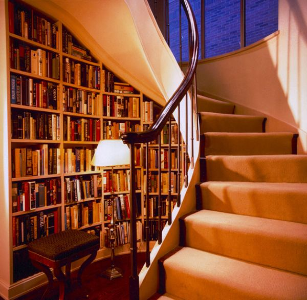 Beautiful-stairs-with-classy-shelf-space-designs (8)