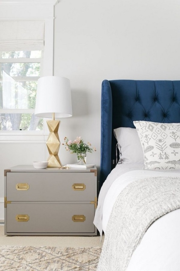 Bedside-storage-units-and-nightstand-design-ideas (5)