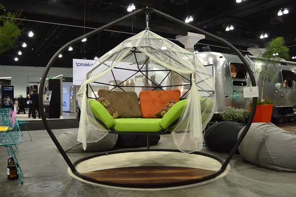 Hanging-Sofa-designs-for-outdoor (5)