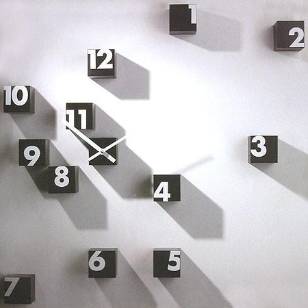 Home-Decorating-Idea-with-Clocks-Design (6)