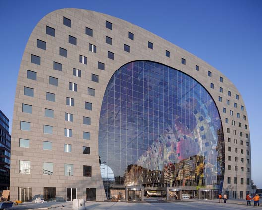 interior-and-outdoor-designs-of-markthal-in-holland (1)