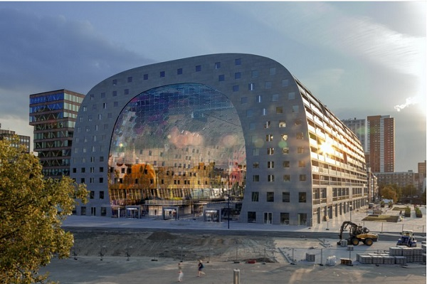 interior-and-outdoor-designs-of-markthal-in-holland (2)