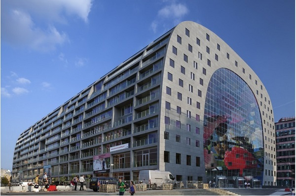 interior-and-outdoor-designs-of-markthal-in-holland (5)