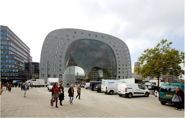 interior-and-outdoor-designs-of-markthal-in-holland (8)
