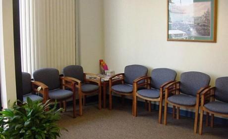 30 عکس جدید صندلی انتظار چوبی مناسب ادارجات و آرایشگاه ها