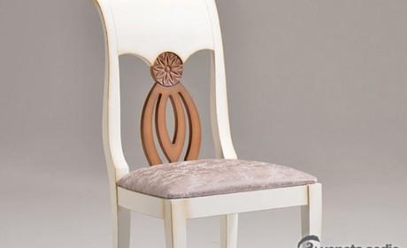 صندلی چوبی ساده و شیک مناسب اتاق های منزل و محیط کار