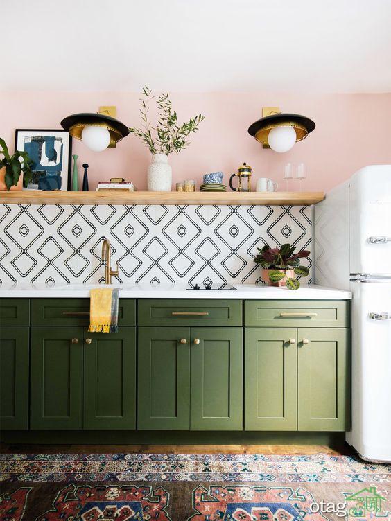 تزیین دکوراسیون آشپزخانه کوچک با رنگ هایی بسیار شاد و جذاب
