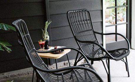 میز و صندلی فضای باز، چه ویژگی هایی دارد ؟