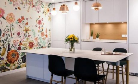 کاغذ دیواری گلدار کلاسیک در طرح های متنوع مناسب آشپزخانه