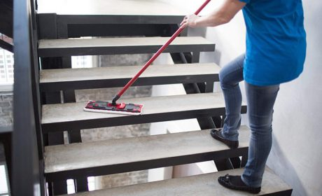آموزش نظافت راه پلهها: چگونه راه پله را تمیز کنیم؟