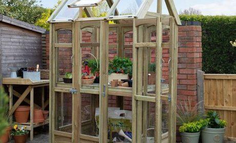 مزایای استفاده از گلخانه خانگی در دکوراسیون داخلی منازل