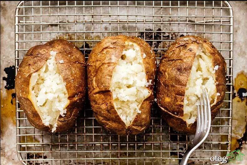 نحوه پخت سیب زمینی در مایکروویو به روشی ساده و لذیذ