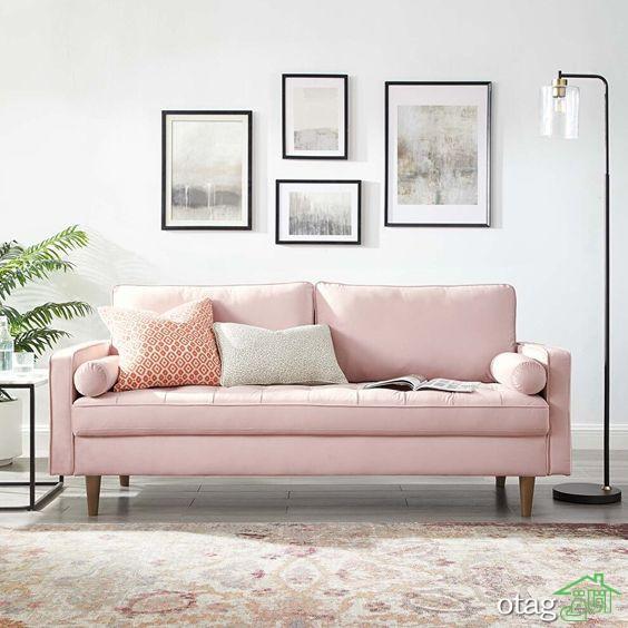 چیدمان صحیح مبل صورتی در خانه هایی با دیوارهای رنگ روشن