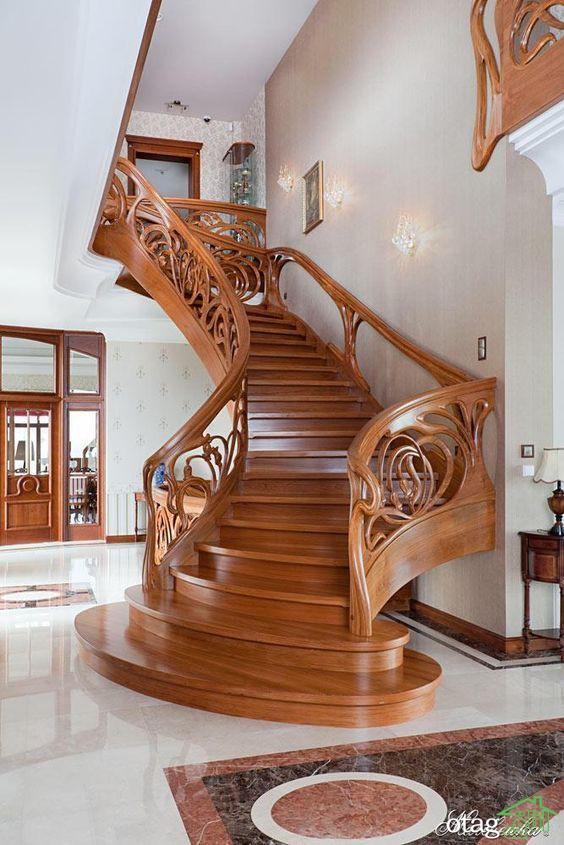 طرحهای جدید پله گرد چوبی برای منازل و مغازههای دوبلکس