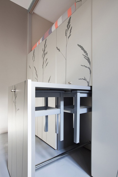 8-sqm-Parisian-Apartment-with-Hidden-Facilities (11)