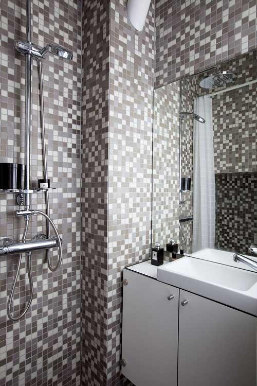 8-sqm-Parisian-Apartment-with-Hidden-Facilities (13)