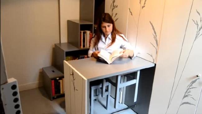 8-sqm-Parisian-Apartment-with-Hidden-Facilities (9)