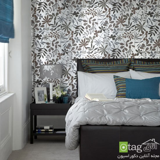 Bedroom-with-patterned-wallpaper-designs 1