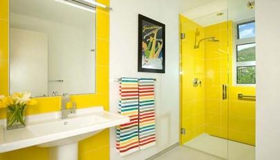 دکوراسیون حمام به رنگ زرد / استحمام در یک حمام آفتابی