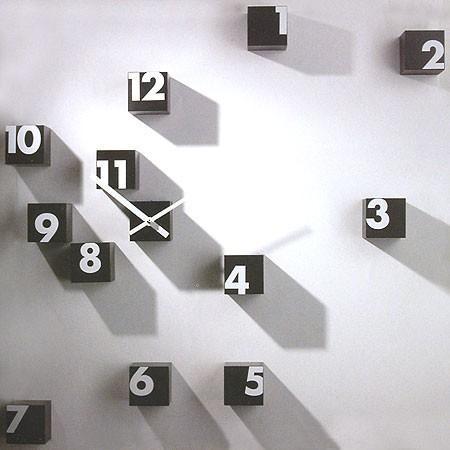 Home-Decorating-Idea-with-Clocks-Design (6)