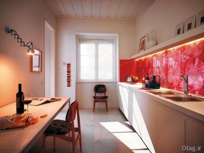 Unusual-floral-red-ceramic-tile-kitchen-backsplash-665x498
