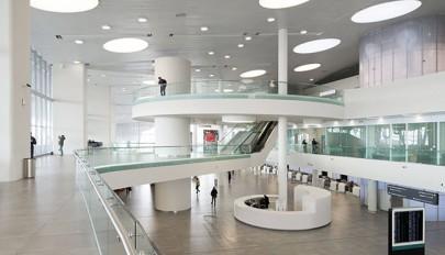 بررسی نمای داخلی فرودگاه بین المللی روسیه با طراحی آینده نگرانه