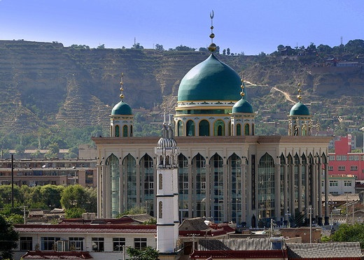 best-islamic-mosques-interior-and-outdoor-designs (10)