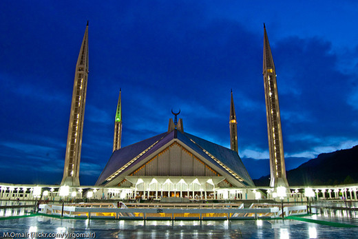 best-islamic-mosques-interior-and-outdoor-designs (11)