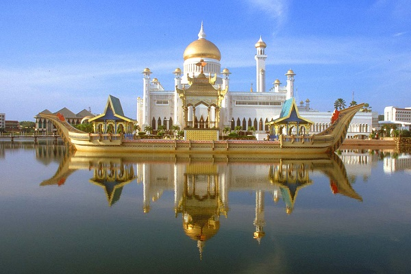 best-islamic-mosques-interior-and-outdoor-designs (3)