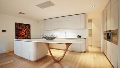 دکوراسیون آشپزخانه امروزی با کابینت های بسیار شیک و زیبا