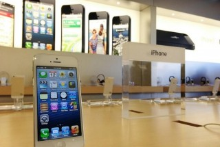 دکوراسیون مغازه موبایل با طراحی شیک، جدید و مدرن / عکس