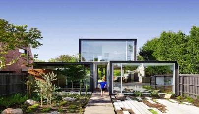 معماری خانه مدرن و امروزی با محیط درونی و بیرونی یکپارچه