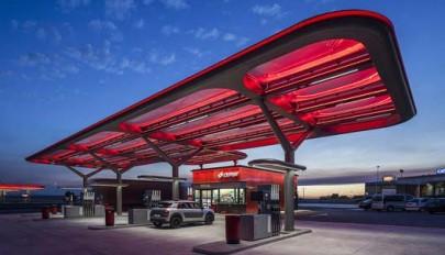 طراحی پمپ بنزین با نوآوری و تکنولوژی پیشرفته در اسپانیا