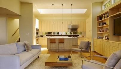 استفاده از نور طبیعی در طراحی داخلی منزل با سقف های شیشه ای