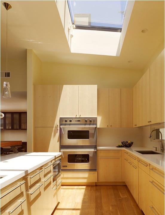 using-skylights-in-interior-designs (9)