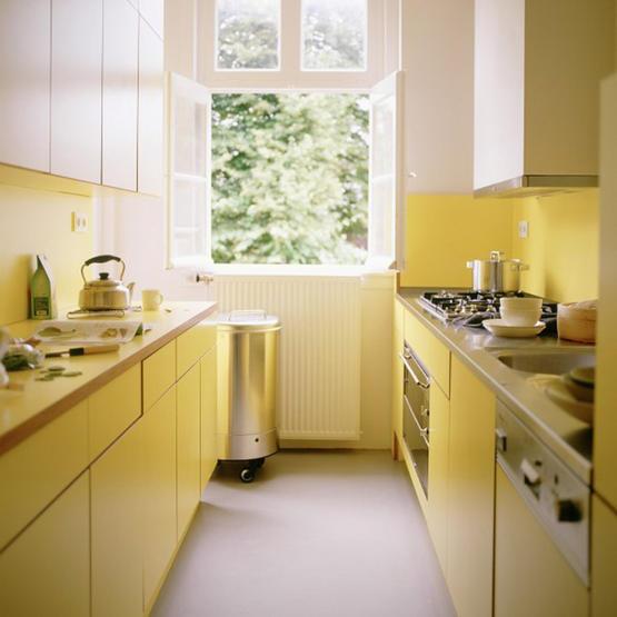 چیدمان آشپزخانه کوچک مدرن و امروزی به روشی زیبا و کاربردی