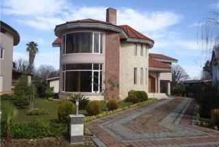 راهنمای طراحی نمای ساختمان ویلایی همراه با نمونه تصاویر