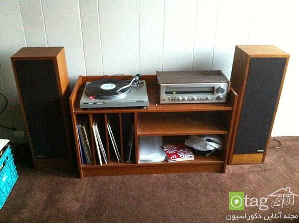 vintage-furniture-in-modern-interior-design-with-retro-record-player-console (11)